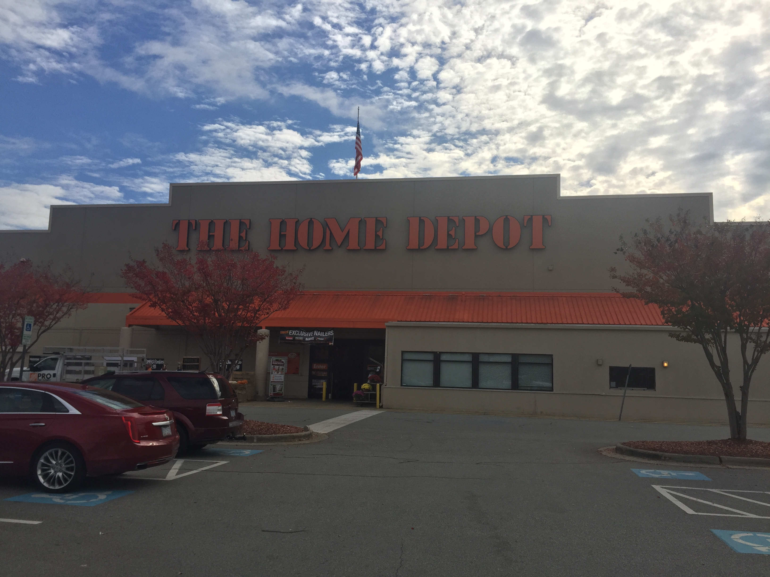 The Home Depot 4425 W Wendover Ave Greensboro Nc 27407 Yp Com