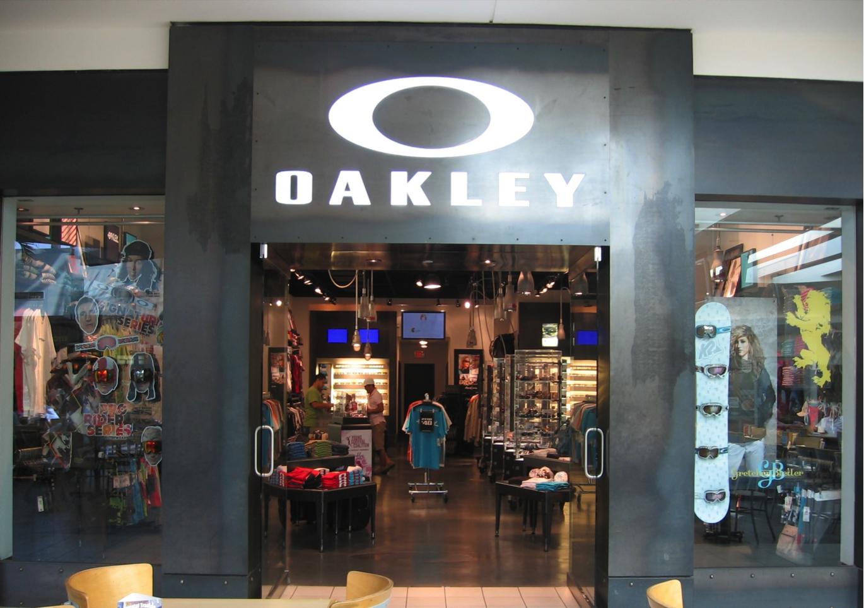 5c04146d62b83 Oakley Store 7433 N Kendall Dr Ste 1505