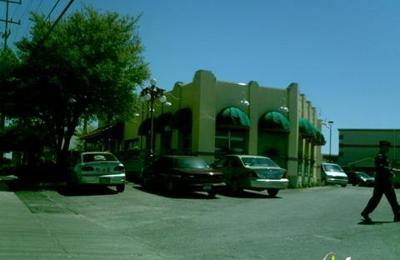La Fiesta Patio Cafe   Universal City, TX