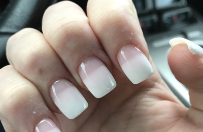 Top Nails - Indianapolis, IN