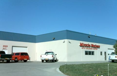 Miracle Workers Auto Collision Center - Lincoln, NE