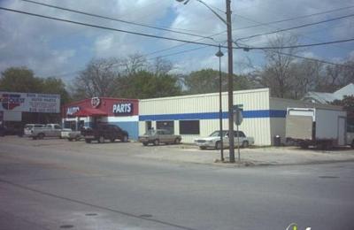 The D Pad - New Braunfels, TX