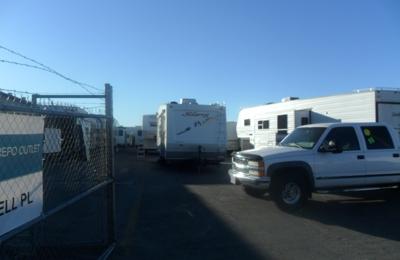 R W REPO OUTLET - San Jacinto, CA