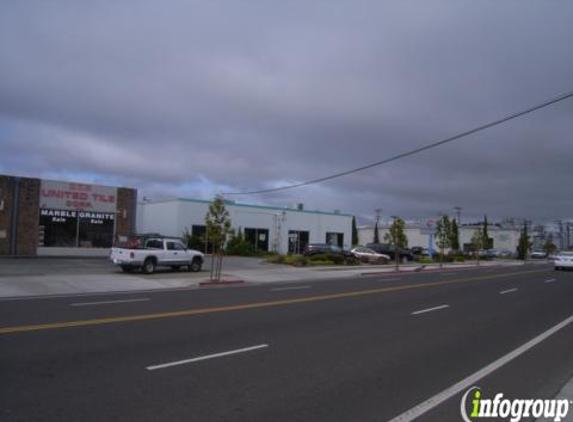 24 Hour Fitness - San Carlos, CA