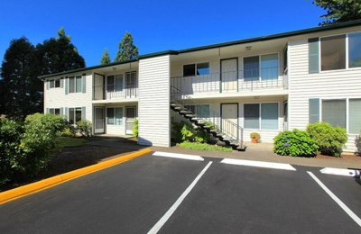 Redwood Park Apartments - Eugene, OR