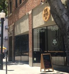 Home Brewed Bar - Pasadena, CA. Entrance