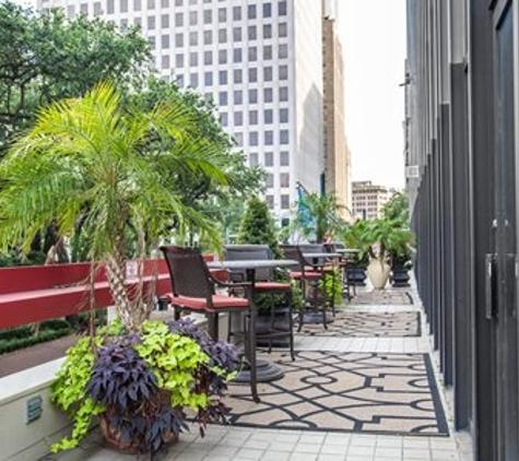 Parc St Charles - New Orleans, LA