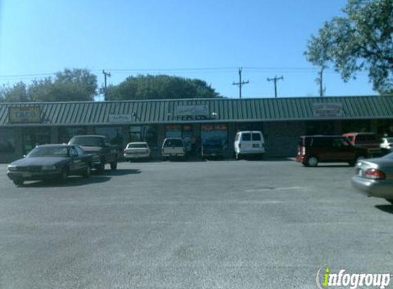 Lorenzo's Italian Restaurant - San Antonio, TX