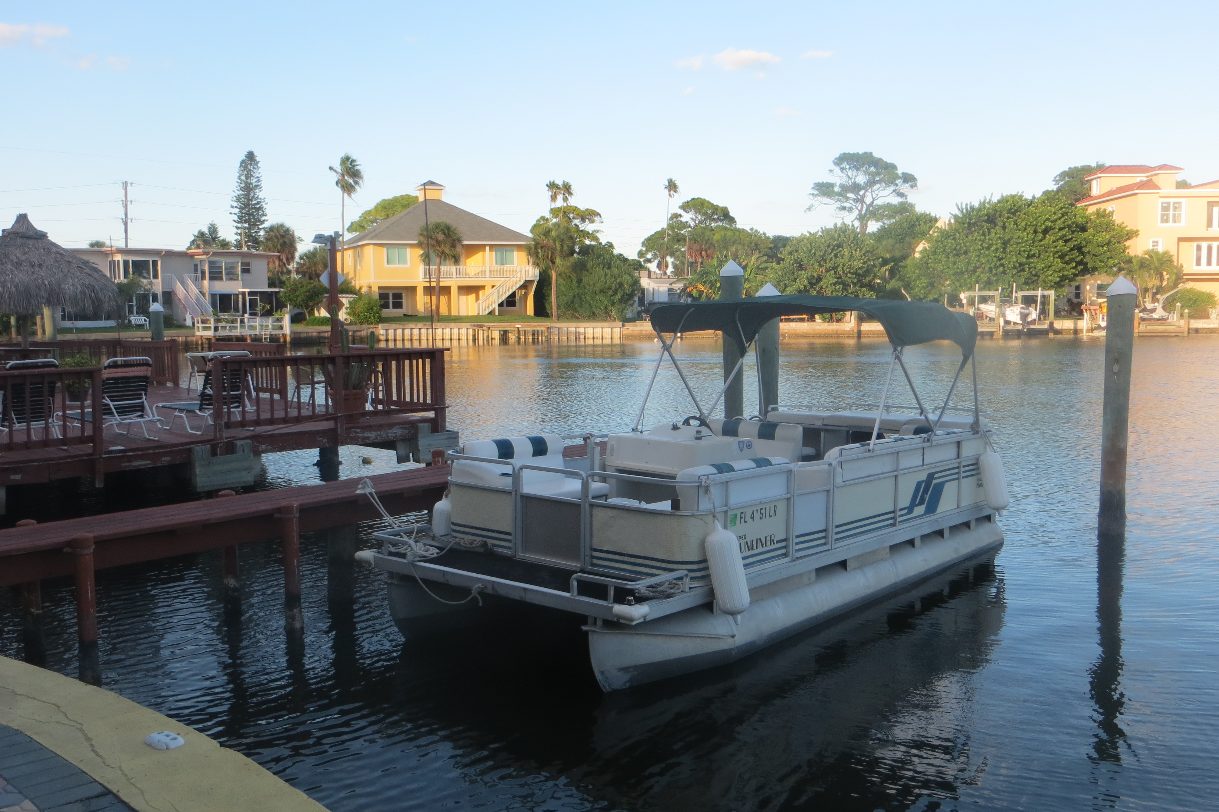 Life is good today pontoon rentals fishing charters 752 for Is the fishing good today