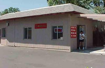 La Pizza - Healdsburg, CA