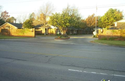Sutton Place Guard House - Oklahoma City, OK