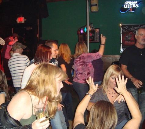 Motorheads Bar & Grill - Mcdonough, GA
