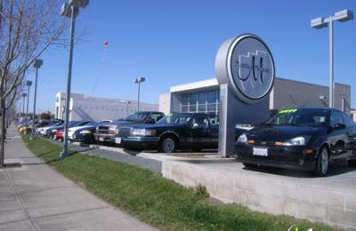 Bay City Motors >> Bay City Motors 800 Marina Blvd San Leandro Ca 94577 Yp Com