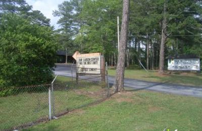 Hall's Flower Shop and Garden Center - Stone Mountain, GA