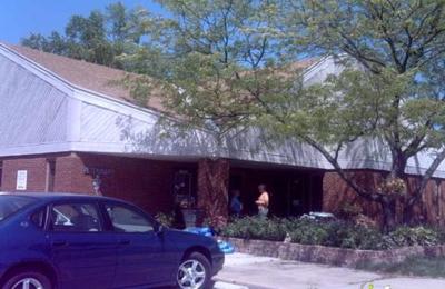 Clayton Road Veterinary Hospital - Chesterfield, MO