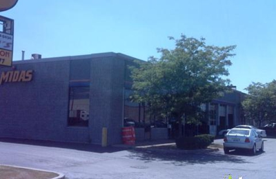 Rolando's Car Care & Collision Center - Elk Grove Village, IL