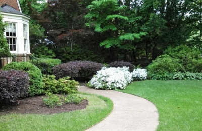 Pettit's Lawnscapes - Memphis, TN