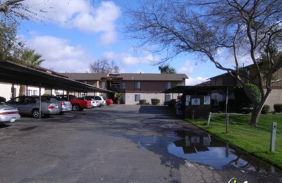 Cedar Wood Apartments - Fresno, CA