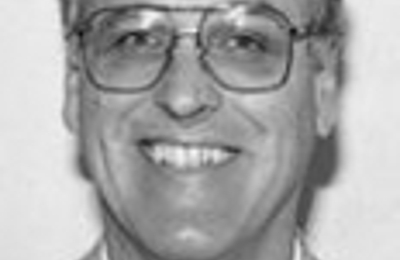 Dr. Robert J Petrokubi, MD - Louisville, KY