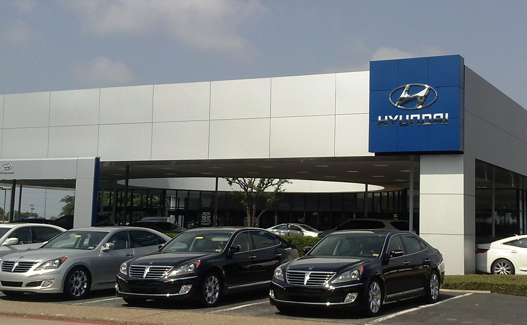 plano business automotive article an com empire planocourier huffines hyundai image starlocalmedia building in
