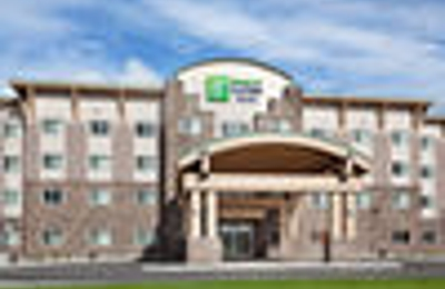 Holiday Inn Express & Suites Fairbanks - Fairbanks, AK