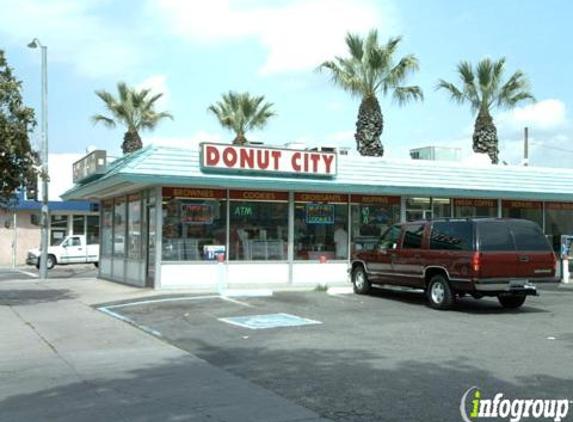 Donut City - Riverside, CA