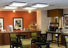 Hampton Inn Dallas-North-I-35E At Walnut Hill - Dallas, TX