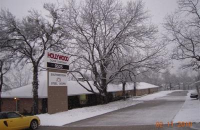 Hollywood Overhead Door Co   Dallas, TX