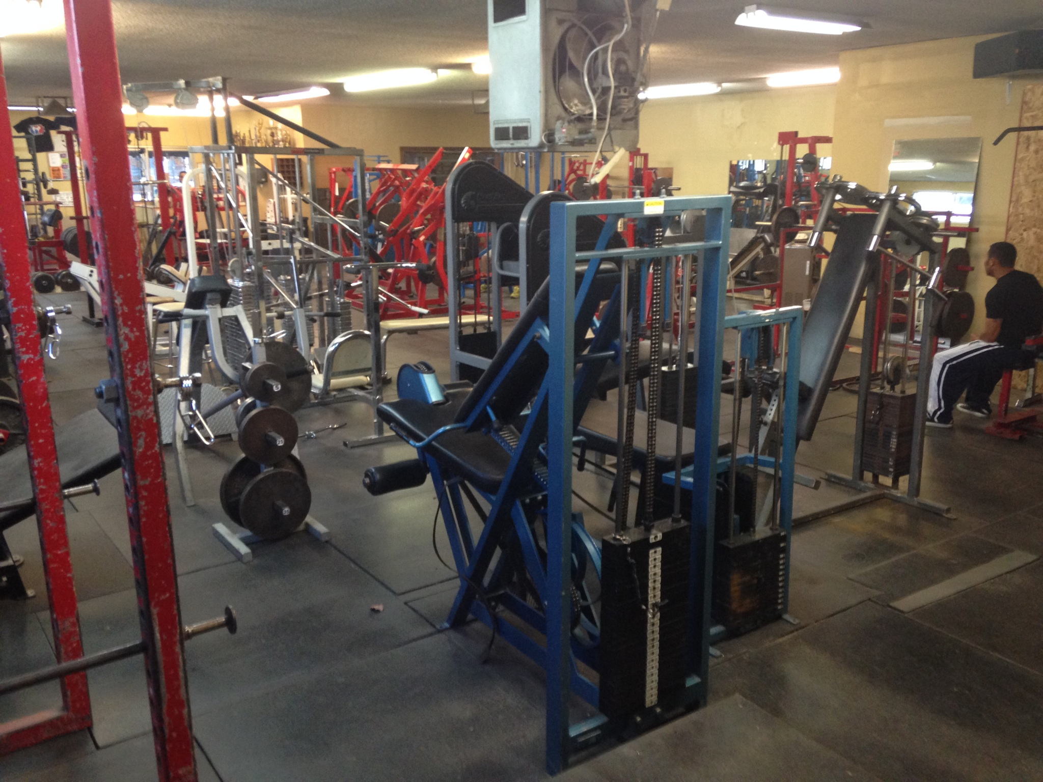 Strength Amp Health Gym 318 21st St Bakersfield Ca 93301