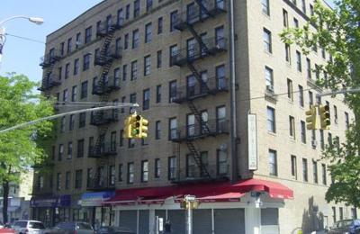 New Astoria Laundromat - Astoria, NY