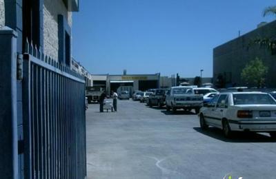 Paul's Auto Body Shop - Van Nuys, CA