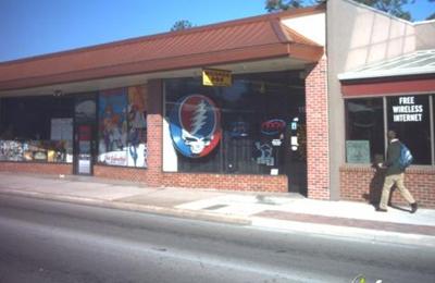 Modern Age Tobacco & Gift Shop - Gainesville, FL