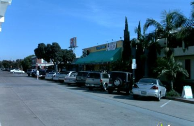 Bar West 959 Hornblend St San Diego CA 92109