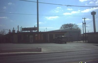 Tucker's Kozy Korner - San Antonio, TX
