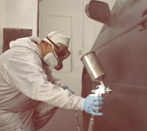 Maaco Collision Repair & Auto Painting - Peabody, MA