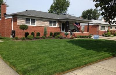 Classy Cuts Landscaping LLC - St. Clair Shores, MI