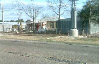 Mackey Boat & Auto Storage - San Antonio, TX