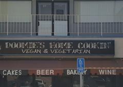 Doomies Home Cooking - Los Angeles, CA