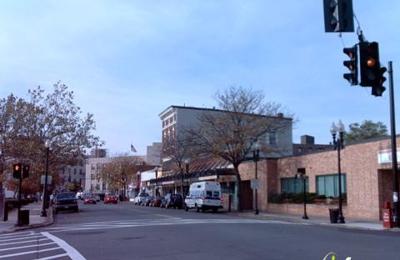 J & M Dollar Store - Lynn, MA