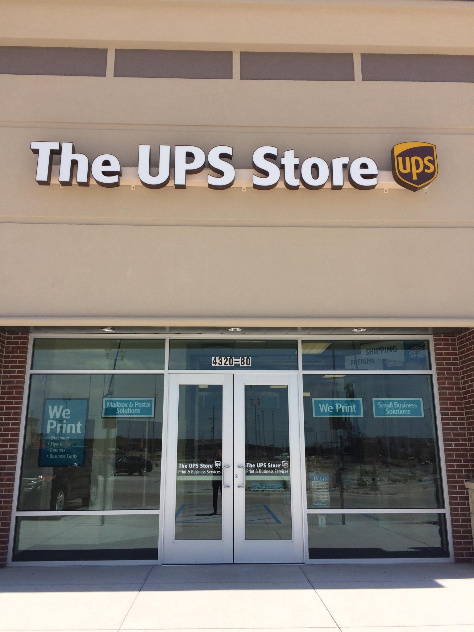 The Ups Store 4320 Vine St Ste 80 Hays Ks 67601 Yp