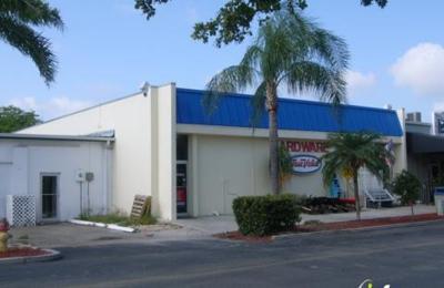 The Run Shoppe - Cape Coral, FL