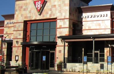 BJ's Restaurants - Albuquerque, NM