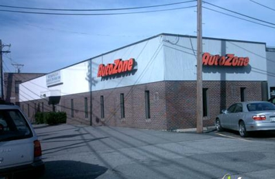 AutoZone - Watertown, MA