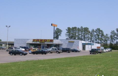 Fred's Super Dollar - Southaven, MS