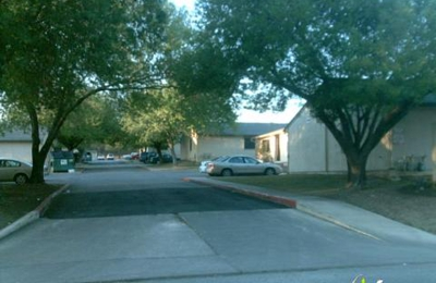 Sutton Square Duplexes - San Antonio, TX
