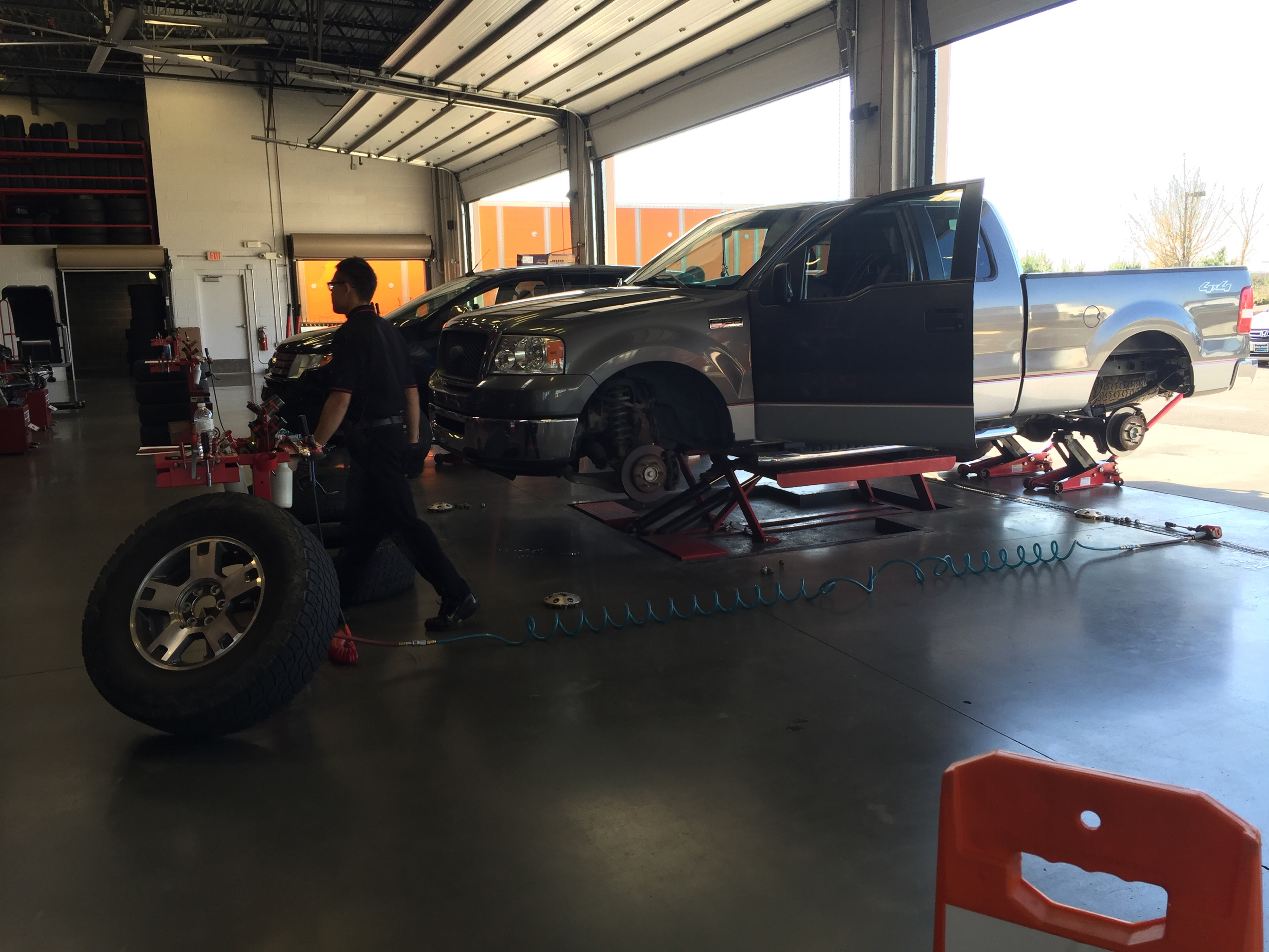 Discount Tire 5053 Sunset Blvd Lexington Sc 29072 Yp Com