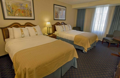 Holiday Inn Buffalo-Amherst - Buffalo, NY