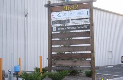 Tin Barn Vineyards - Sonoma, CA
