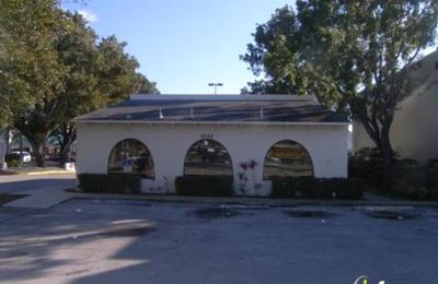 J.R. Pizza Bella Restaurant - Margate, FL