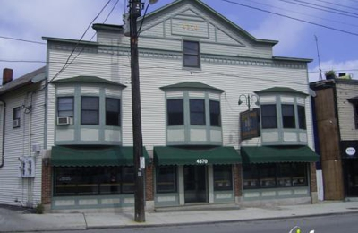 Pearl Road Tavern & Eatery - Cleveland, OH